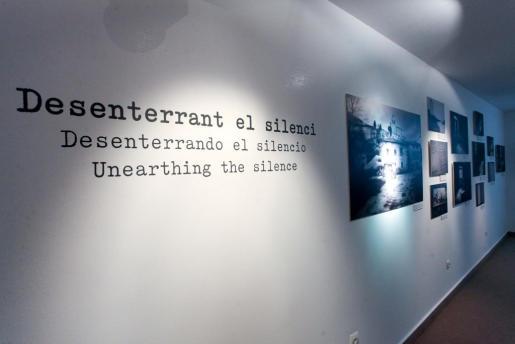 Esta muestra itinerante de Sergi Bernal se podrá ver en la sala de exposiciones temporales del Museo Monográfico de Puig des Molins hasta el 5 de enero.