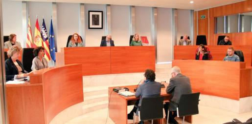 Pleno en el Consell d'Eivissa celebrado este miércoles.