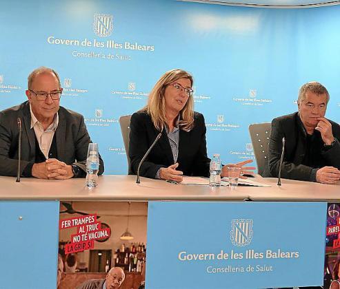 Juli Fuster, Patricia Gómez y Jaume Estrada.