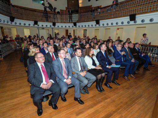 El Día de la Constitución se celebró ayer en el Teatro España de Santa Eulària.