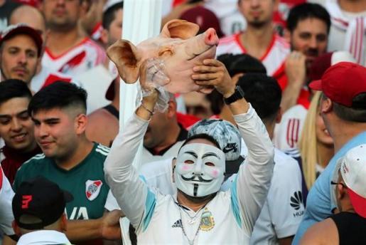 La Policía estima que pueden llegar entre 400 y 500 violentos para la final de la Copa Libertadores.