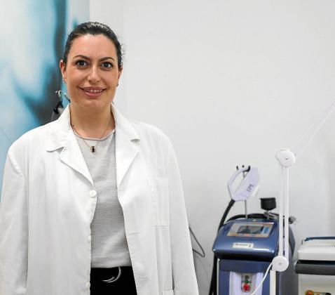La doctora Laura Fernández, que hace casi diez años abrió su propia clínica de medicina estética.