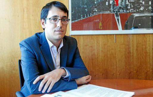 Iago Negueruela, conseller de Treball, Comerç i Indústria.
