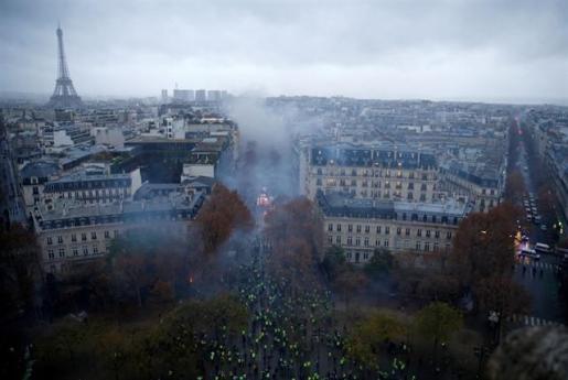 París cierra sus atracciones turísiticas de cara a una nueva jornada de disturbios de los «chalecos amarillos».