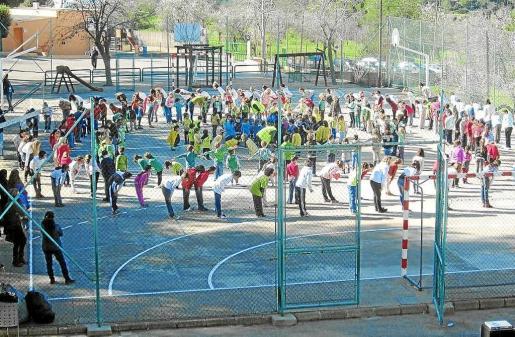 Imagen de archivo del patio de recreo del colegio Sant Carles.
