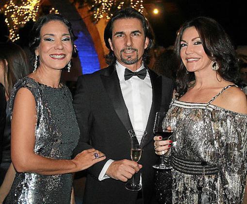 Àngels Mercer, Pedro Planell y Maria Gomila.