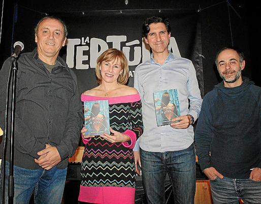 Sandra Santana junto a los músicos José María Pazos, Raúl Florensa y Toni Brasil.