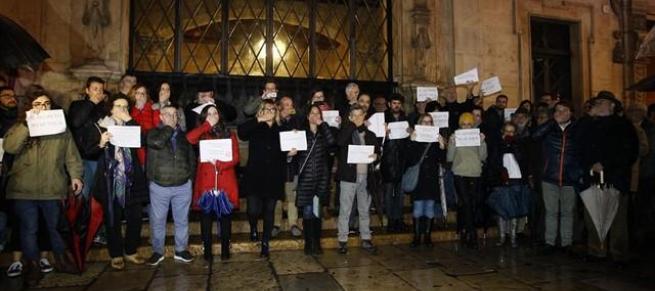 Admitida a trámite la querella contra el juez Florit por incautar el móvil a dos periodistas de Mallorca