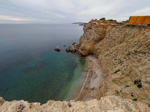 El cuerpo del vecino de Santa Eulària fue encontrado en los acantilados de Cap Martinet