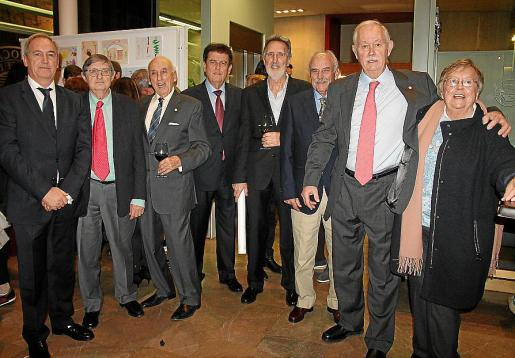 Martín Aleñar, Raimundo Canals, Leopoldo Pérez, Pedro Arrom, Francisco Gené, Joan Fluxà, Jaime Rodríguez y Lina Riera.