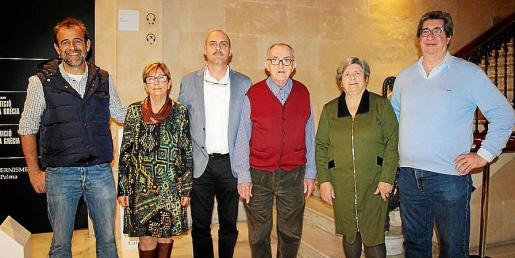 Víctor Dengra, Carmen Matas, Toni Parets, Miguel Segura, Neus Oxinaldi y Juan Estrades, voluntarios de Comunicación de Projecte Home.