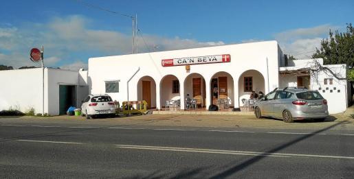 El accidente del pasado martes, en el que murió un joven de 14 años atropellado, ocurrió en frente del bar Can Beia.