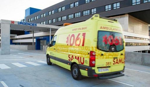 Imagen de archivo de la entrada de Urgencias del hospital de Can Misses.
