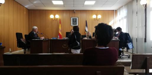 La procesada, este martes en una sala de Vía Alemania durante el juicio.