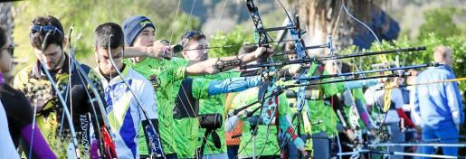 Una imagen del entrenamiento celebrado ayer en la galería de tiro con arco de es Cubells.