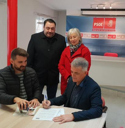 Vicent Torres 'Benet' formaliza su precandidatura para encabezar la lista del PSOE en Santa Eulària.