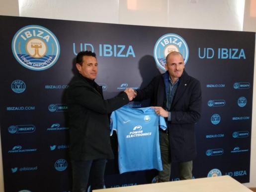 La UD Ibiza presenta a Soriano.