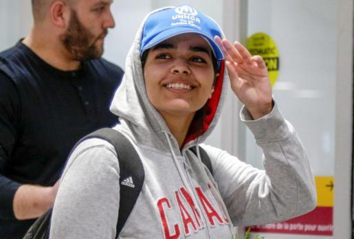 Rahaf Mohammed al-Qunun en su llegada a Toronto.