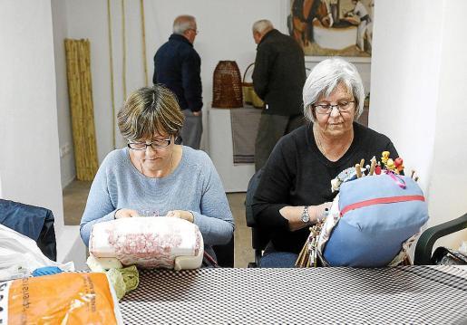 Muchos artesanos de Portmany se encuentran estos días en la feria de turismo de Utrecht, motivo por el que hubo poca presencia ayer en el Molí d'en Simó.