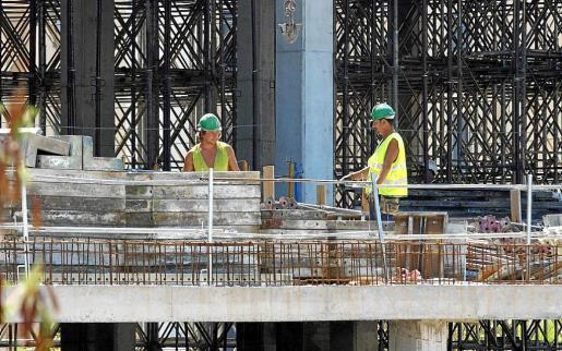 Se han planificado 4.722 actuaciones para vigilar la economía irregular en construcción, hostelería y comercio.