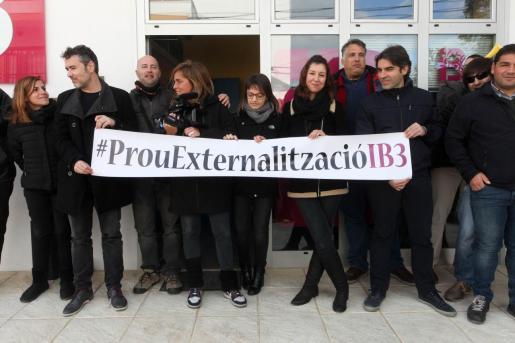 Amplio eco y seguimiento. La plantilla llevó su protesta por todas las islas. El seguimiento fue entre el 91% o el 100% según la fuente. En la imagen, la delegación de Ibiza.