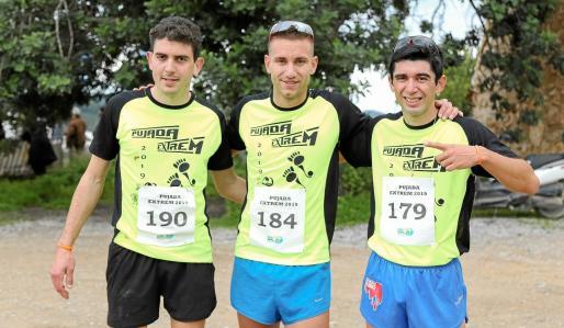 Daniel Planells, Adrián Guirado y William Aveiro, los tres primeros clasificados de la prueba 'extrem'.