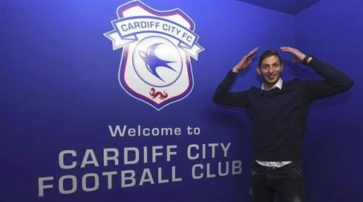 El futbolista había fichado por el Cardiff City
