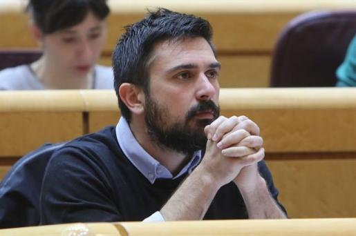 Ramón Espinar dimite de todos sus cargos en Podemos.
