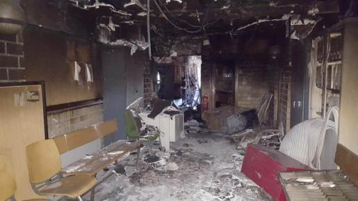 Zona afectada en una de las plantas tras el incendio en los juzgados de Ibiza.