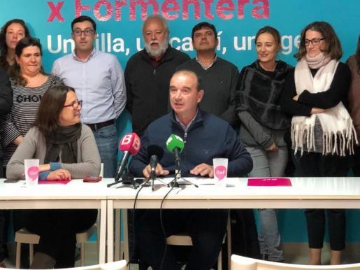 Jaume Ferrer en la pasada rueda de prensa anunciando que no se presenta a candidato de Gent per Formentera en las próximas elecciones.