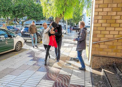 La Guardia Civil trasladó al sospechoso a los juzgados de Ibiza para declarar ante el juez el pasado, 27 de noviembre.