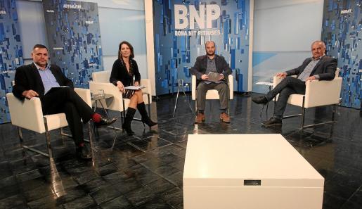 Joan Miquel Perpinyà y Sonia Escribaron entrevistaron ayer al portavoz del PI en Sant Antoni, Joan Torres.