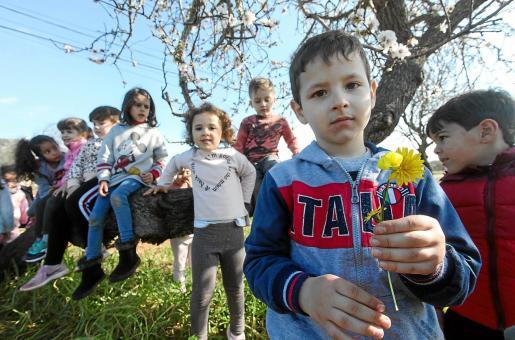 Los estudiantes de Infantil y Primaria celebraron una jornada en la naturaleza del Pla de Corona que posiblemente nunca olvidarán.