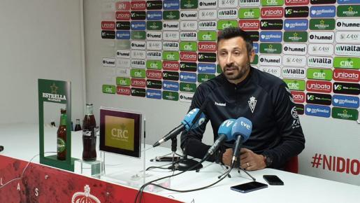 Manolo Herrero, durante la rueda de prensa de ayer.