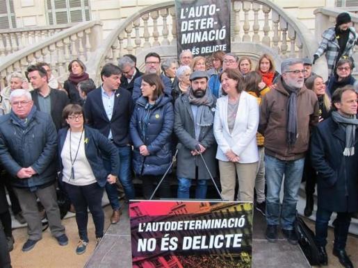 El soberanismo lanza un ciclo de protestas contra el juicio con tres marchas y una huelga.