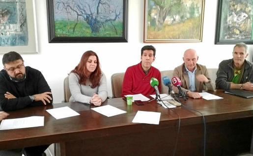 Juan Calvo, coordinador técnico de Alianza por el Agua, atendió a las preguntas de los periodistas.