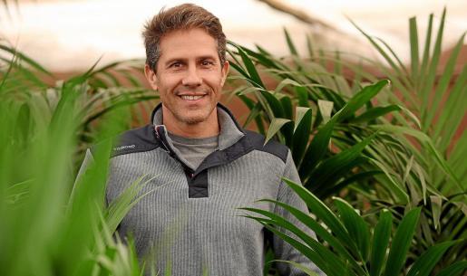 La empresa cultiva en Ibiza las plantas con más rotación, e intenta traer el resto de zonas de clima similar.