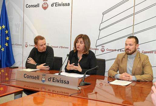 David Ribas, Fanny Tur y Fernando Gómez, durante la rueda de prensa.