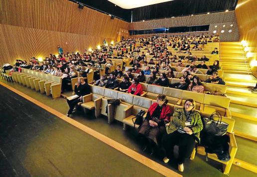 Cerca de 400 alumnos del Xarc, Quartó del Rei, Balafia, Sa Blanca Dona e Isidor Macabich recibieron orientación académica.