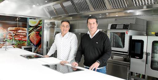 José y Javier Torrens, propietarios de la empresa, recogieron el testigo de su padre Guillermo
