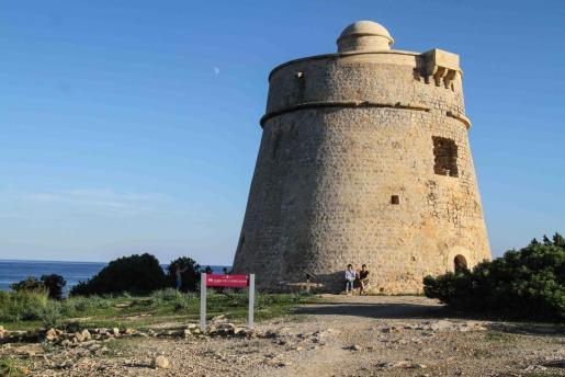 Imagen de archivo de la torre de Sa Sal Rossa