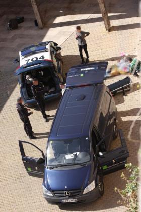 La mujer ha caído a la zona de Ses Voltes desde la muralla de la Catedral.