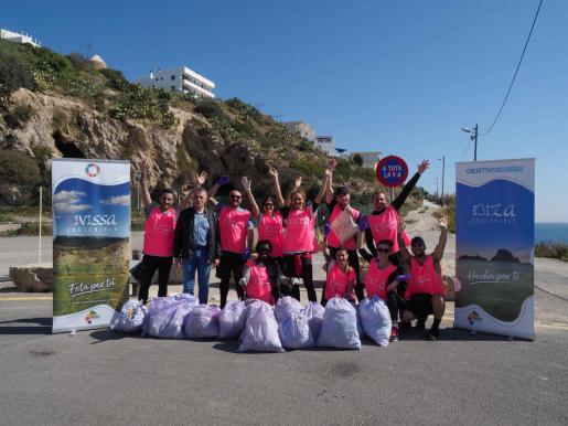 El Consell d'Eivissa promueve un evento que pretende concienciar sobre la importancia de hacer deporte y cuidar del medio ambiente.