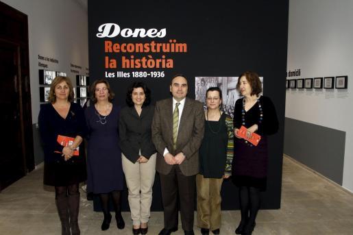 Fani Tur, Lila Thomàs, Fina Santiago, Antoni Sorà, Francesca Mas e Isabel Peñarrubia.