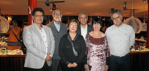 Josep Massot, Ferran Bellver y Joana Pons, de Cooperativa Donats de Sant Miquel; el presidente de ARCA, Pere Ollers; Angels Fermoselle y Benet Bohigas.