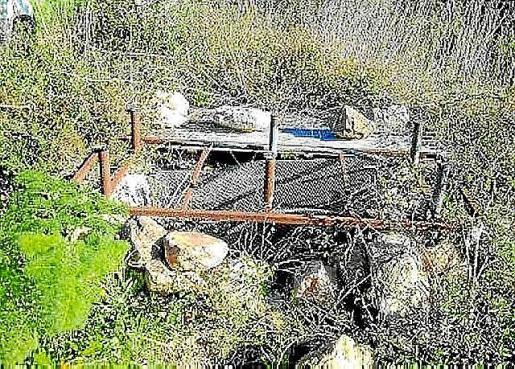 Un pozo abandonado en el municipio de Santa Eulària.