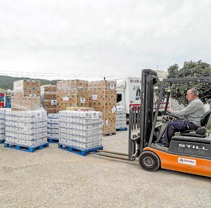 Cerca de 20.000 kilos de comida irán destinados a la atención a familias y otros 4.071 a los menús diarios de Cáritas.
