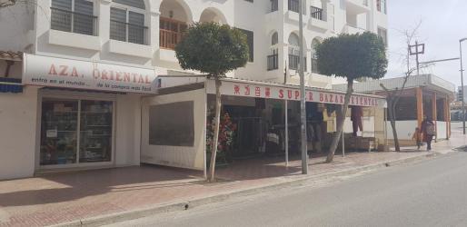 Los agentes inspeccionaron este negocio de Sant Antoni.