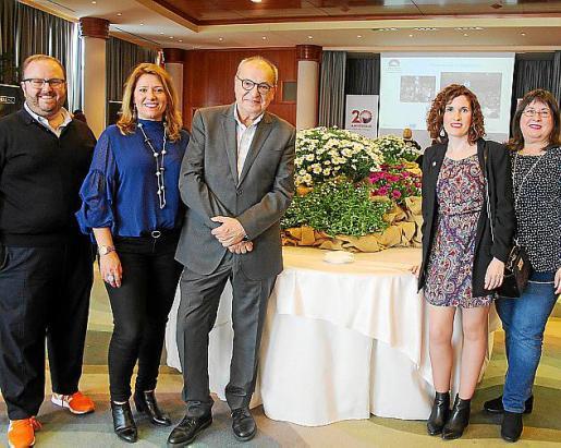 Tommy Ferragut, Lydia Larrey, Antoni Bennàssar, Marina Vera y Piedad López.
