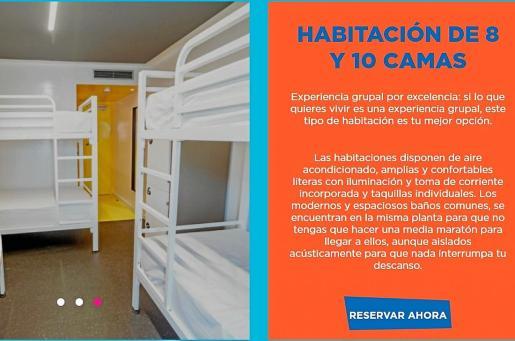 Este establecimiento, que se vende como hotel pero no lo es, ofrece habitaciones con ocho o diez camas.